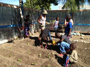 volunteering-page-garden1